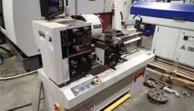 Harrison M300 x 25″ Straight Bed Manual Lathe