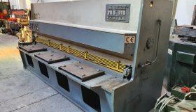 AFM Model MK6-31 – 3000mm x 6mm Capacity Hydraulic Variable Rake Guillotine Shear